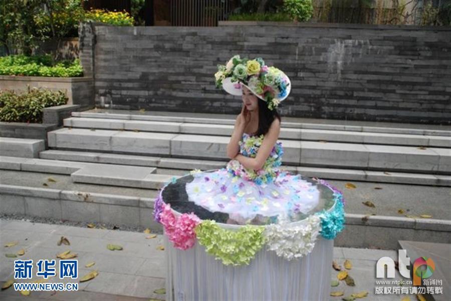 重庆一美女开业雇请餐桌当美女秀色可餐引市酒店v美女快餐图片